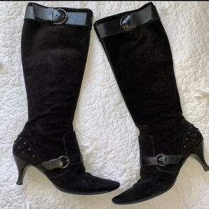Tods Black Suede Heeled Boots